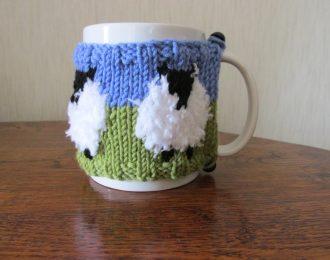 Single White Sheep Mug Hug