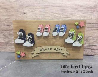 """""""Shoes Off"""" Plaque"""
